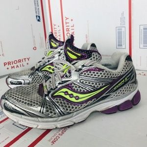aucony Womens Guide 5 10140-3 Size 9.5